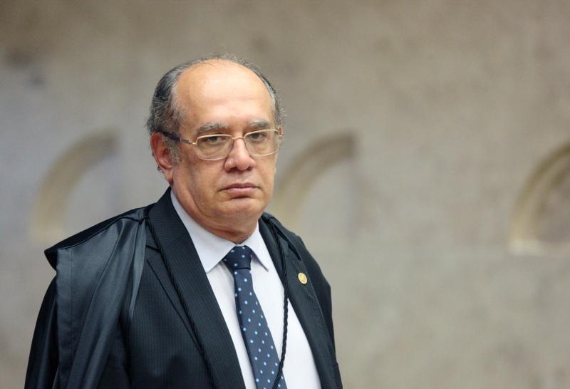 Augusto Nunes: 'Doutores em nada' do STF ignorarão Constituição se deixarem prefeitos proibirem cultos