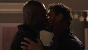 Samuel e Cido beijo gay