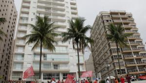 Procuradoria denuncia Lula e Boulos por invasão do triplex no Guarujá