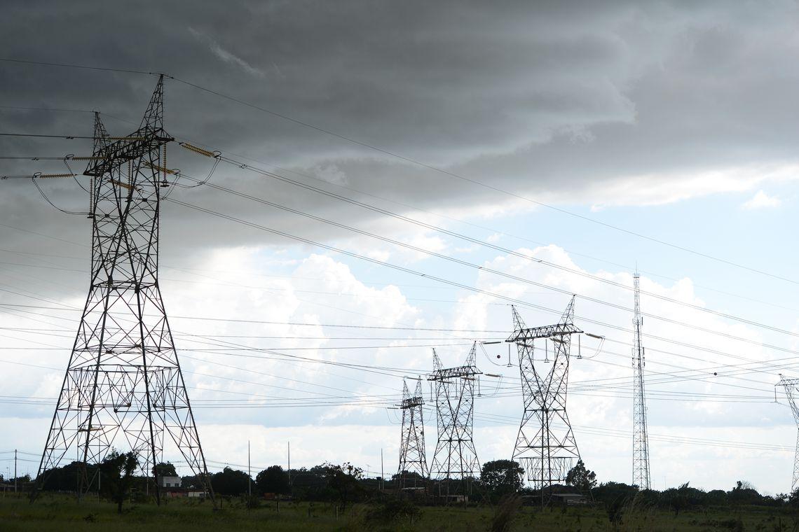 Falta de chuvas leva o Brasil a enfrentar nova crise hídrica
