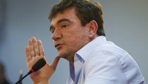 Andrés rebate declarações de Tiago Nunes e ironiza: 'Devia estar no Barcelona'