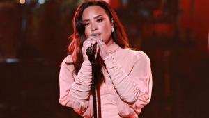 Grammy: Demi Lovato cantará música que escreveu dias antes de overdose