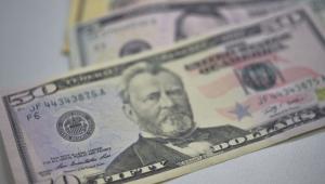 Em novo dia de alta, dólar vai a R$ 4,18