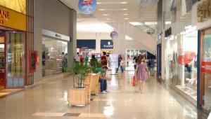 Shopping de BH deve suspender cobrança de 50% do aluguel de lojistas