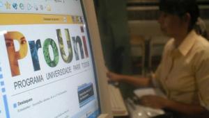 MEC suspende inscrições no ProUni, mas libera consulta de bolsas