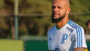 Felipe Melo diz ser a favor do retorno do futebol 'com segurança para todos'