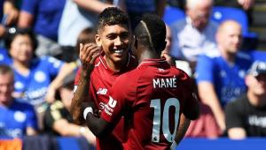 Alisson falha, mas Liverpool vence Leicester e mantém os 100% no Inglês