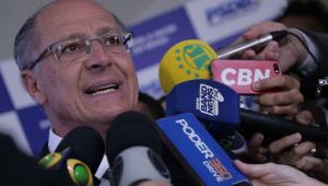 Após indireta, Alckmin liga para parabenizar Doria por vitória em SP