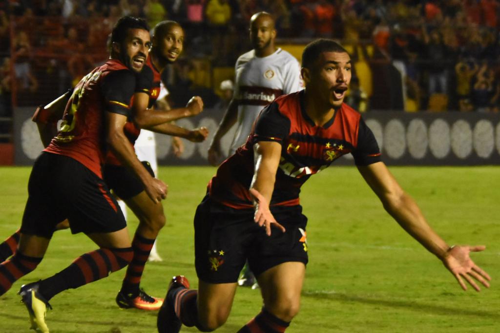 Internacional Sofre Virada Do Sport E Perde A Chance De Assumir A Lideranca Do Brasileirao Jovem Pan