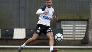 Alison sai em defesa de Jesualdo antes do clássico de sábado com o Palmeiras