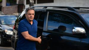 Réu na Lava Jato, Aécio Neves é eleito deputado federal por MG