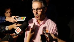 Romeu Zema, do NOVO, segue isolado na liderança pelo governo de MG