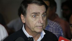 Escolha de data para nova cirurgia será decidida por Bolsonaro, afirma cirurgião