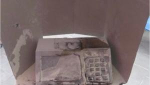 Homem é preso após atear fogo a urna eletrônica em Fortaleza, mas dados foram salvos