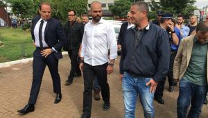 O prefeito de São Paulo, Bruno Covas (PSDB), vistoria operação no Largo da Concórdia, nesta segunda-feira (26)