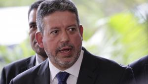PGR denuncia por corrupção passiva Arthur Lira, um dos líderes do Centrão