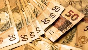 Auxílio emergencial de R$ 200 pode custar R$ 17 bi por mês