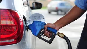 Novo aumento dos combustíveis preocupa motoristas; postos dizem que alta 'é inevitável'