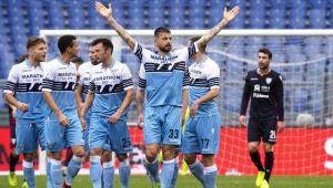 Itália ignora pressão e quer ampliar suspensão esportiva: 'Recomeçar partidas é irreal'
