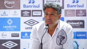 Renato Gaúcho se irrita após Jorge Jesus negociar diretamente com Everton