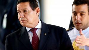 Reformas administrativa e tributária são foco, diz Mourão