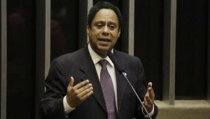 Bolsonaro foi 'induzido ao erro' ao vetar desoneração da folha de pagamentos, diz relator da MP