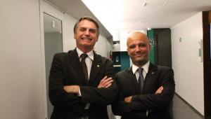 Major Vitor Hugo diz que trocará de partido 'assim que possível'