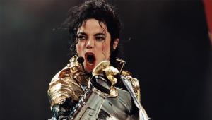 Justiça dos EUA volta a negar acusação de abuso sexual contra Michael Jackson