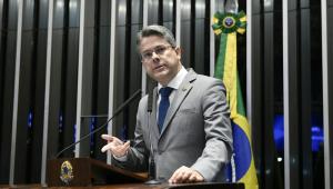 Senador pede volta de nomes como Gilberto Gil e Martinho da Vila à lista de homenageados da Fundação Palmares