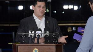 Vera: Ao sugerir nova Constituinte, Alcolumbre mostra que não quer prisão em 2º instância
