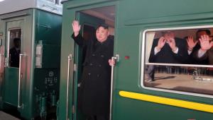 O líder da Coreia do Norte, Kim Jong-un, partiu em um trem neste sábado (23) com destino a Hanói, no Vietnã, para a reunião com o presidente dos Estados Unidos, Donald Trump