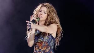 Shakira pede que população de cidade natal se una contra Covid-19