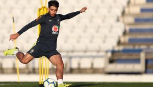 Lucas Paquetá celebra vitória do Brasil e manda recado para o Fla: 'Tamo junto'
