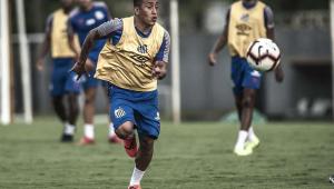 Ex-Santos, Cueva pode estar a caminho do time treinado por Maradona