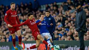 Clubes do Campeonato Inglês aprovam retorno dos treinos em grupo