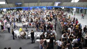 Velório dos corpos das vítimas do massacre na Escola Estadual Raul Brasil, na Arena Suzano, no Parque Max Feffer, em Suzano (SP), na manhã desta quinta-feira (14).