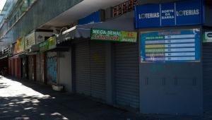 Comércio de portas fechadas no Rio de Janeiro