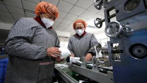 Reino Unido confirma 3º caso de coronavírus; governo amplia recomendações
