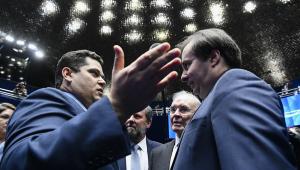 Vera: Disputa Senado-Câmara por segunda instância tem cheiro de enrolação