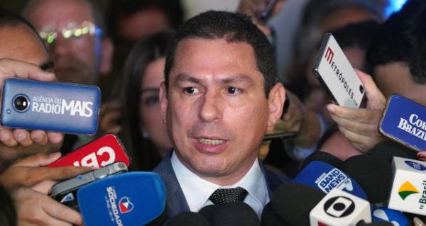 Proposta do Senado é 'gambiarra legisilativa', diz Ramos