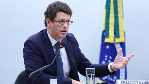 Ricardo Salles: 'Ação do MPF é tentativa de interferência em políticas do governo'
