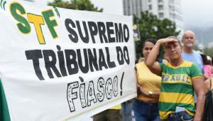 Domingo é marcado por manifestações pelo impeachment de Gilmar Mendes