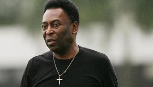 Após declaração de Edinho, Pelé nega depressão e diz estar bem