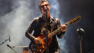 Arctic Monkeys anuncia lançamento de álbum ao vivo