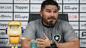Botafogo demite Ramón Díaz e anuncia retorno de Barroca como treinador