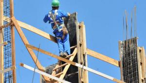 Indústria da Construção Civil mantém retomada e geração de empregos