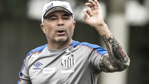 Sampaoli: pedido de Pelé para continuar no Santos é 'pressão muito forte'