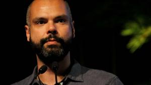 Na UTI, Covas está 'muito bem e conversando', diz David Uip