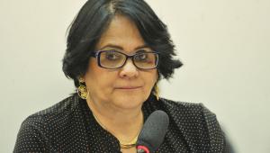 'Cadeia imediatamente; estuprador não pode ser aplaudido', diz Damares sobre Robinho