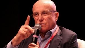 Democracia não se constrói com corrupção, diz Salim Mattar